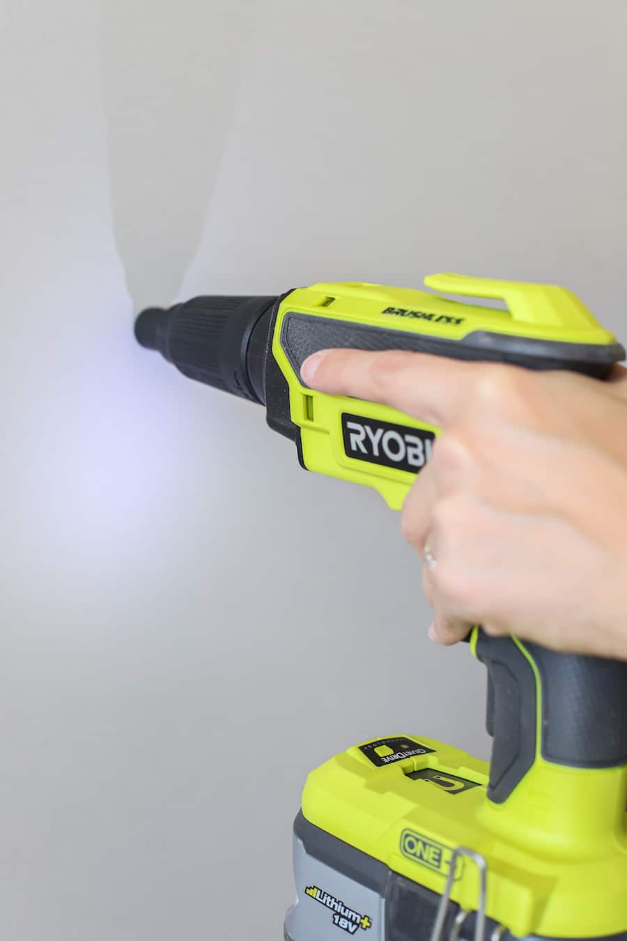 RYOBI-drywall-screw-gun-review