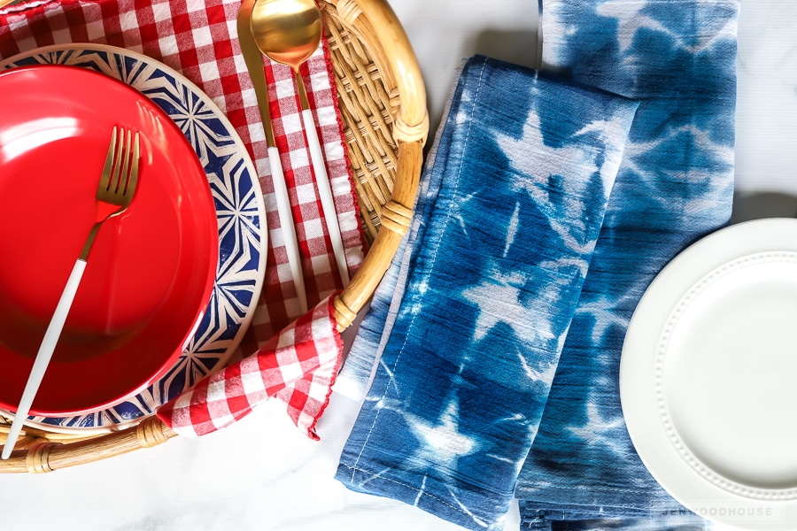 DIY Patriotic Shibori Dyed Napkins - perfect for a Summer table setting!