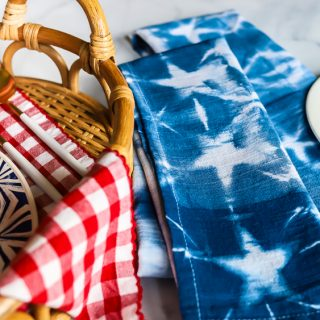 DIY shibori indigo dyed napkins - patriotic for summer!