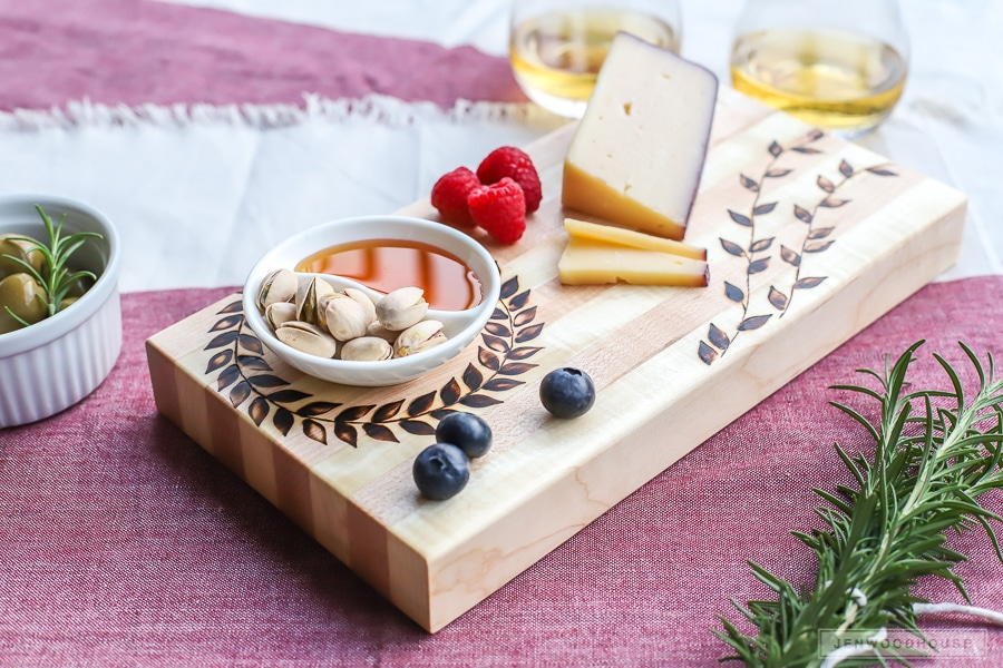 Great gift idea! How to make a DIY wood burned cutting board