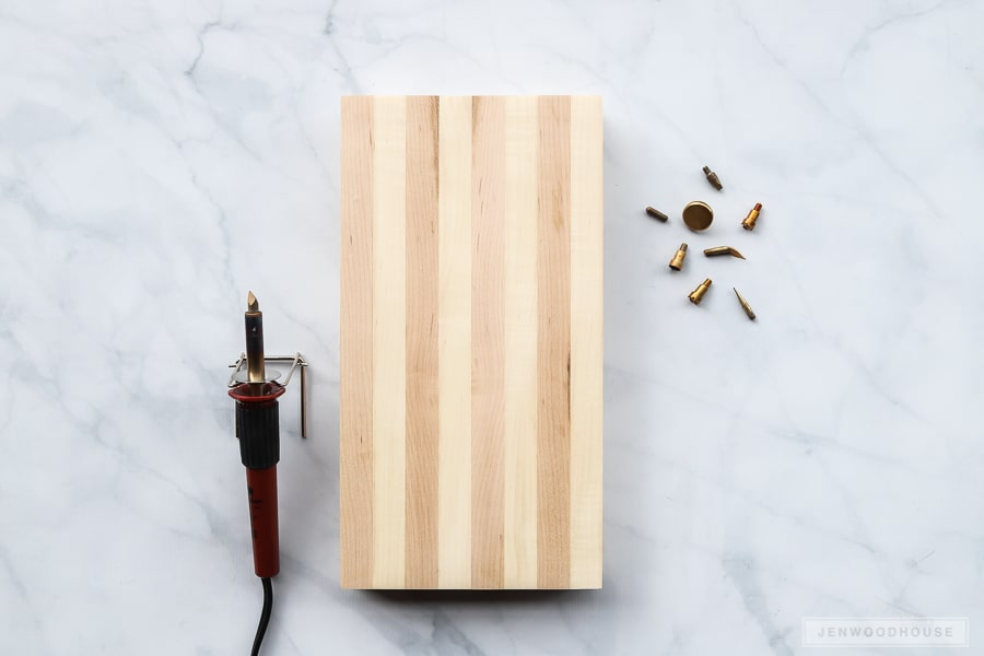 How to make a wood burned cutting board - perfect for Mother's Day!