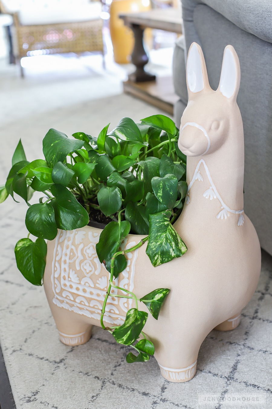 Adorable Alpaca Llama ceramic planter