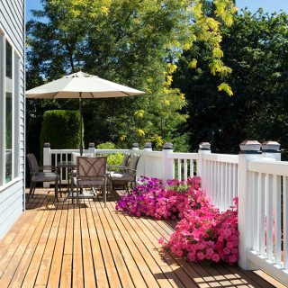 Why Homeowners Choose Wood Over Composite Decking