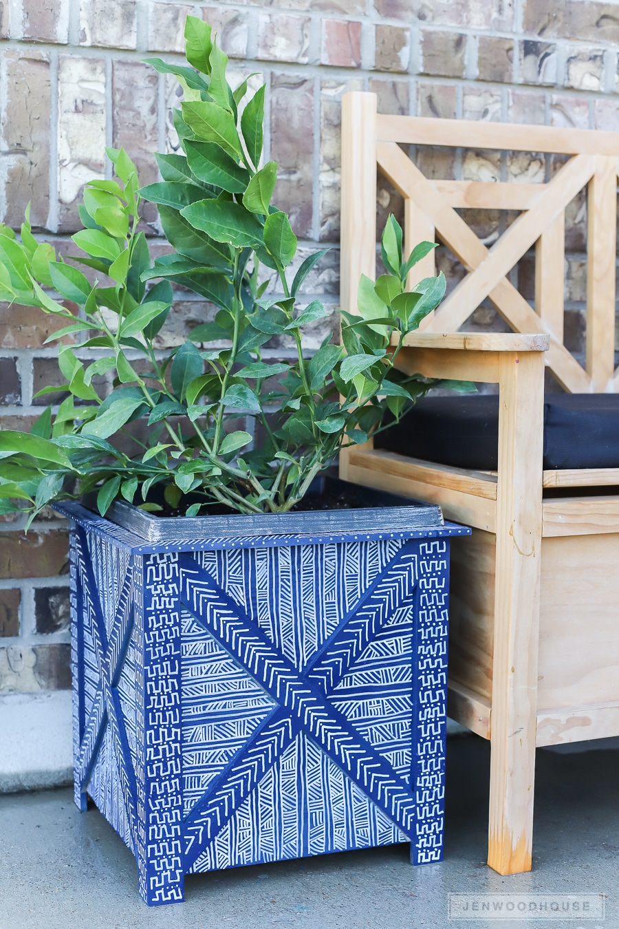 How to make a DIY mud cloth painted planter