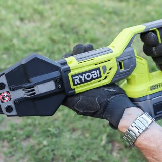 RYOBI 18V Bolt Cutters + 6Ah Lithium Battery
