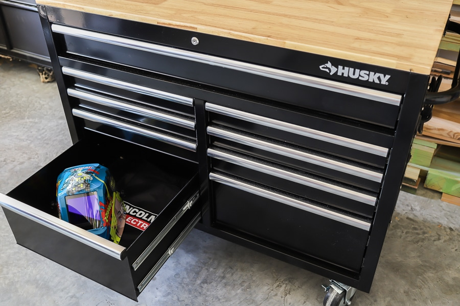 Review of the new Husky mobile deep workbench