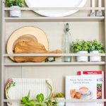 How to make a wall-mounted DIY plate rack - tutorial and plans