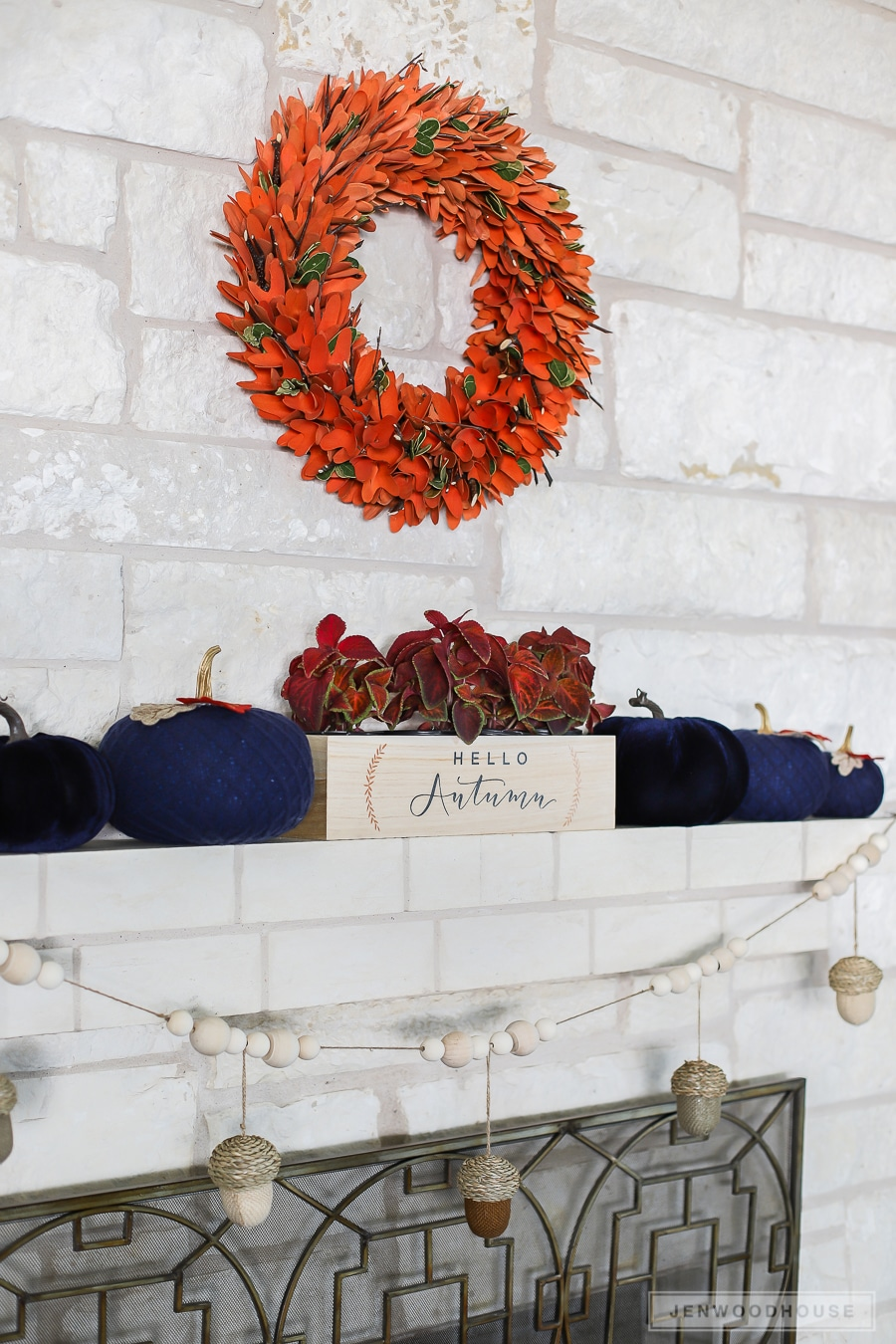 How to decorate your mantel for Fall Autumn