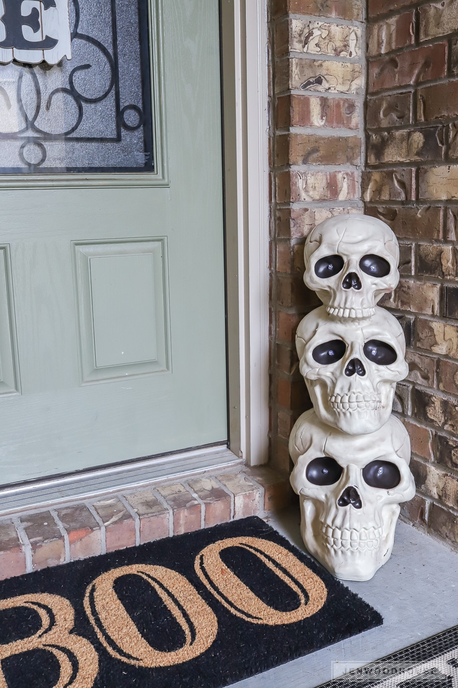 Halloween decor for the front door
