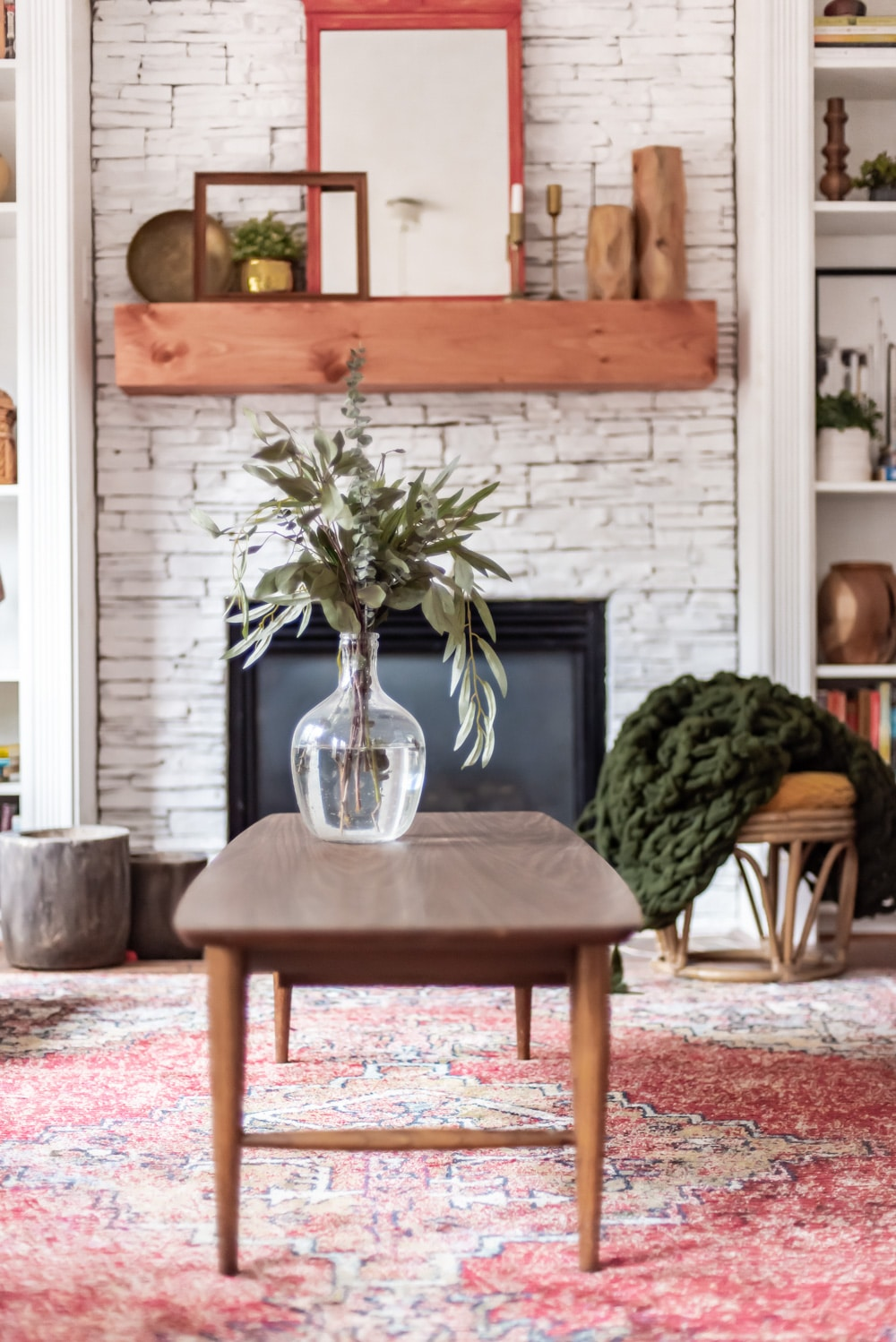3 Tips on How To Style A Coffee Table
