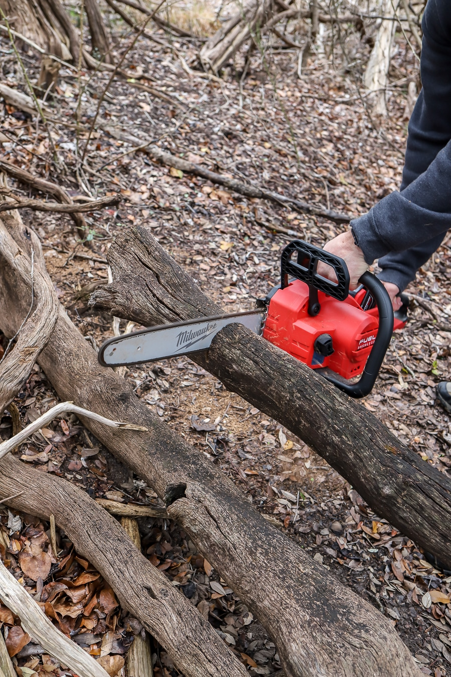 Tool Review of Milwaukee Cordless Chainsaw