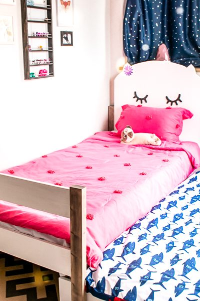 How to make a DIY kids headboard and twin size trundle bed - cute kids bed! Plans by Jen Woodhouse