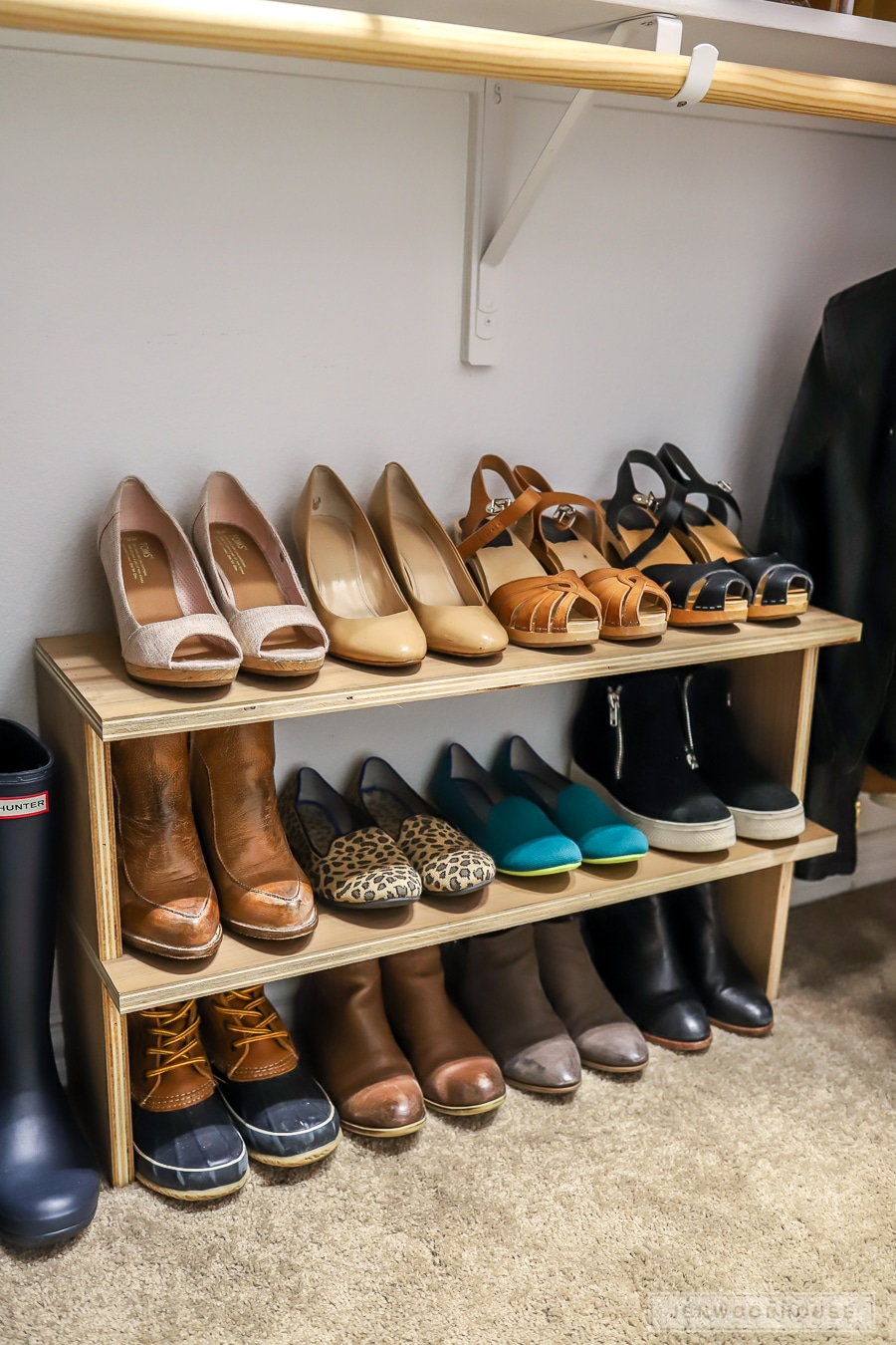 How to build an easy DIY shoe shelf organizer out of scrap wood