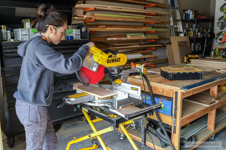 Dewalt sliding compound miter saw tool review