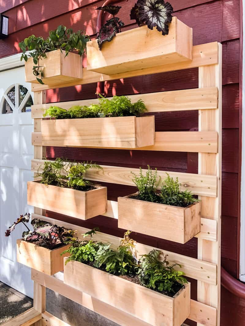 23 DIY Outdoor Projects To Spruce Up Your Backyard - The ...