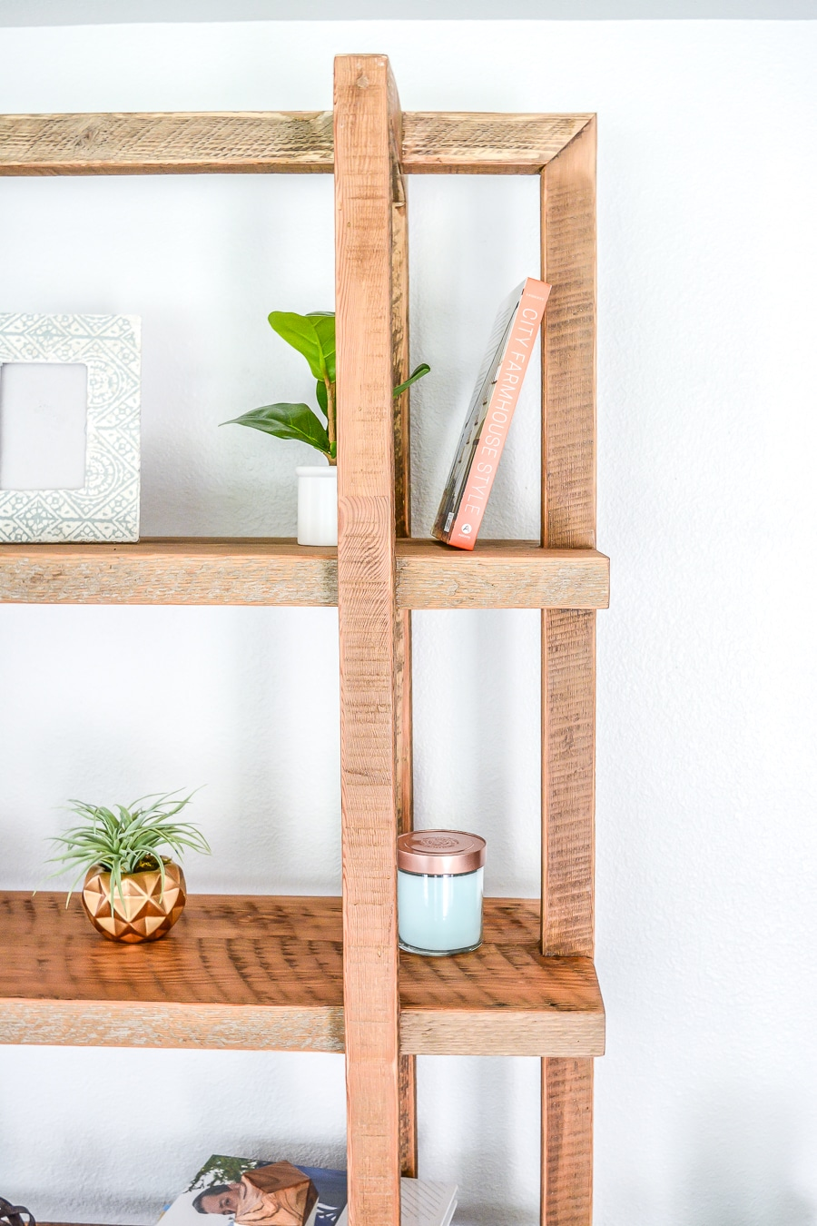 How to build a DIY bookshelf geometric design from reclaimed wood