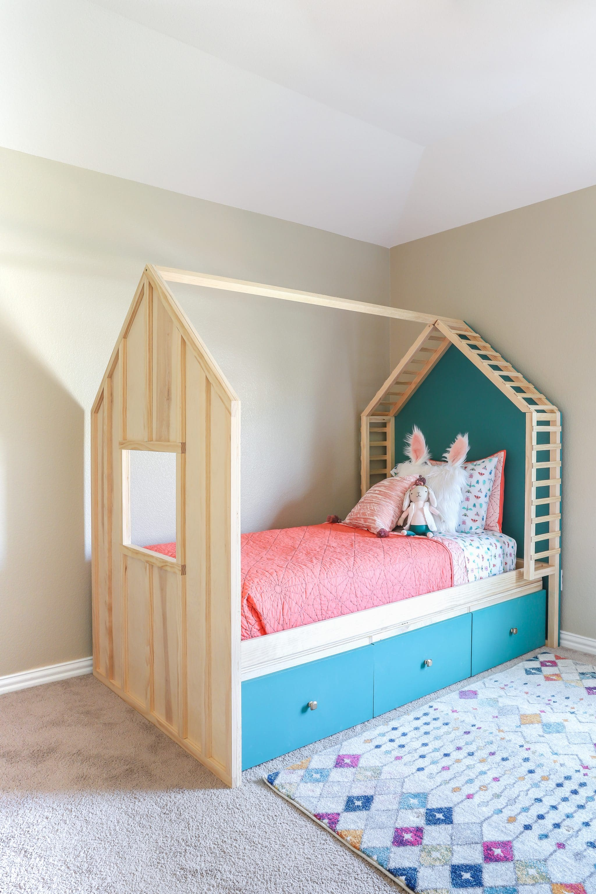 How to build a DIY kids house bed with storage
