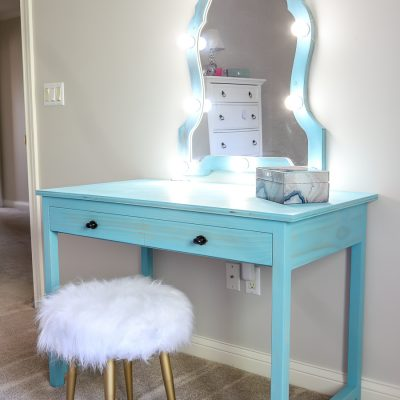 DIY Makeup Vanity Mirror with Lights