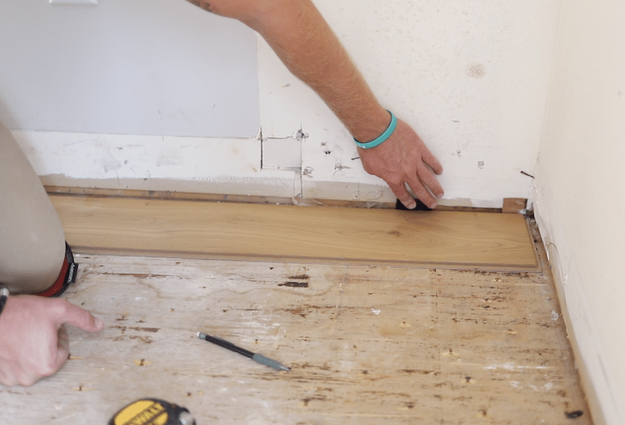 Using spacers when installing hardwood floors