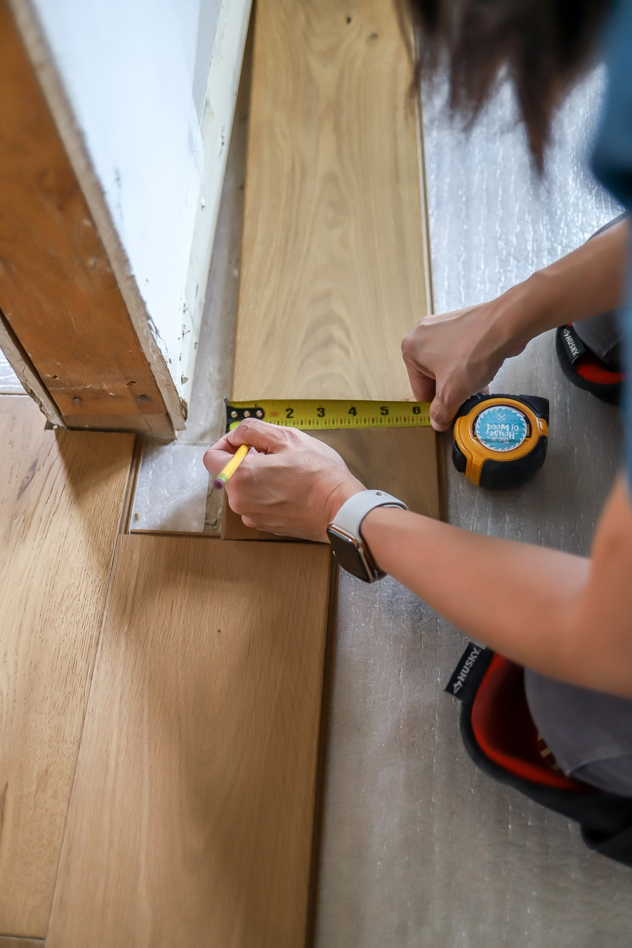 How to notch hardwood floors