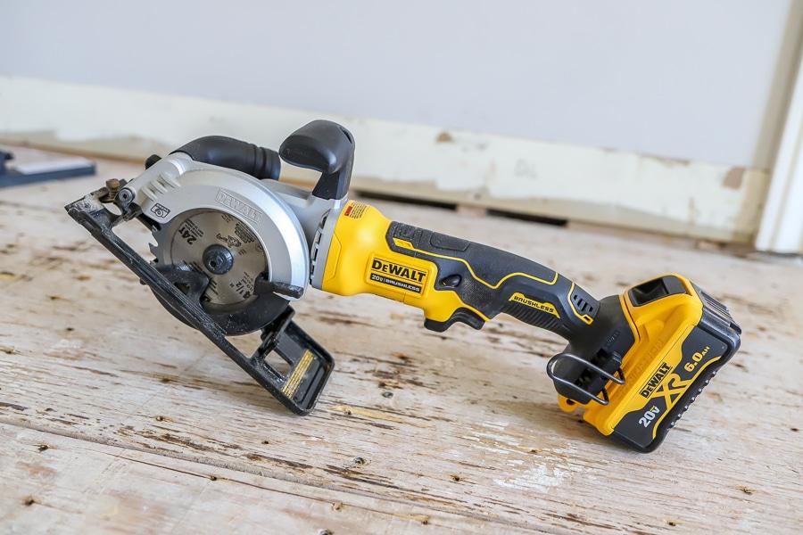 Dewalt mini circular saw tool review