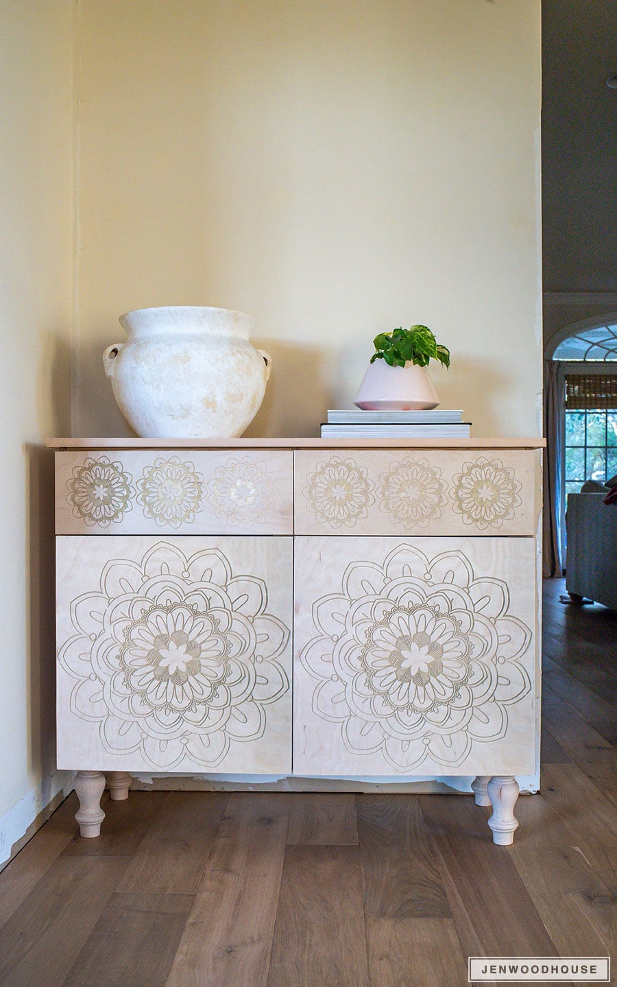 How to build a DIY carved entryway cabinet foyer console