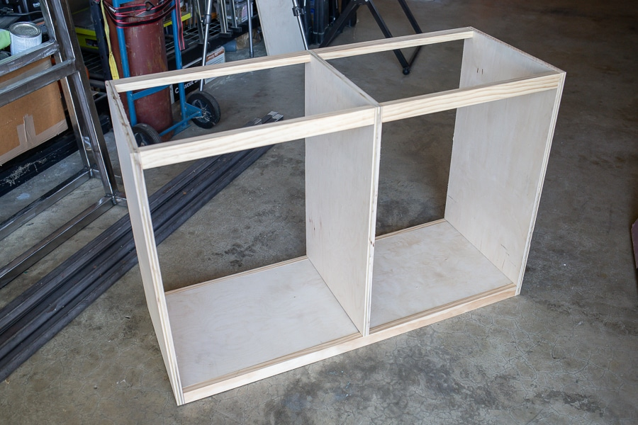 Building the carcass for the entryway cabinet