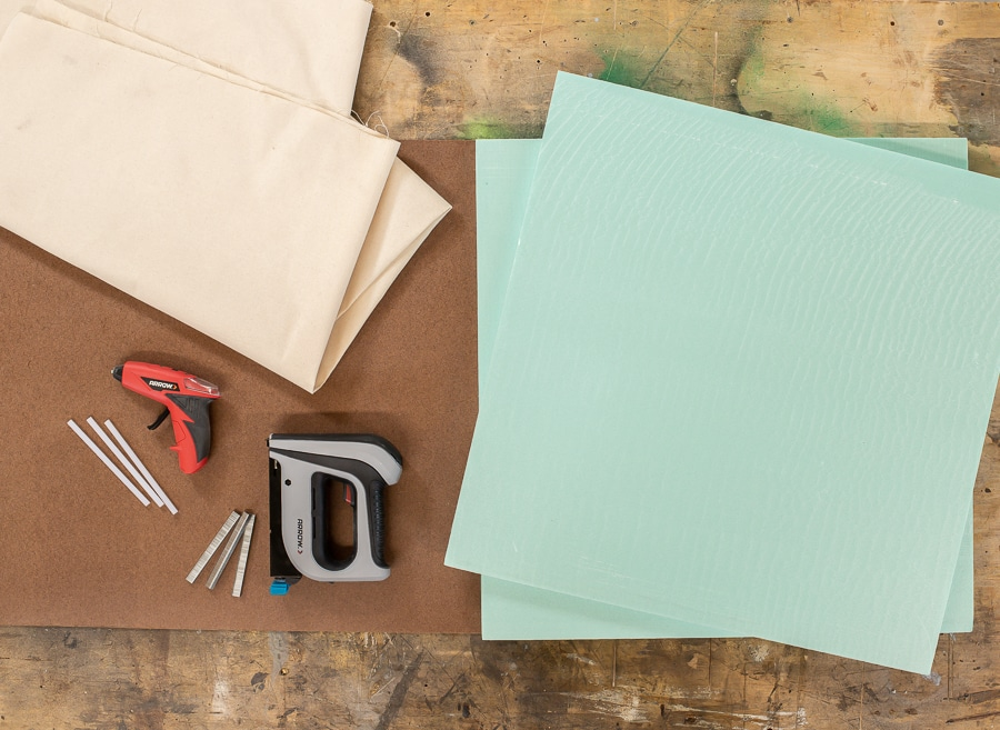 How to make a DIY pinboard - supplies