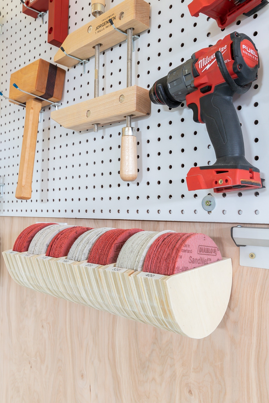 How to make a DIY sandpaper organizer from scrap wood