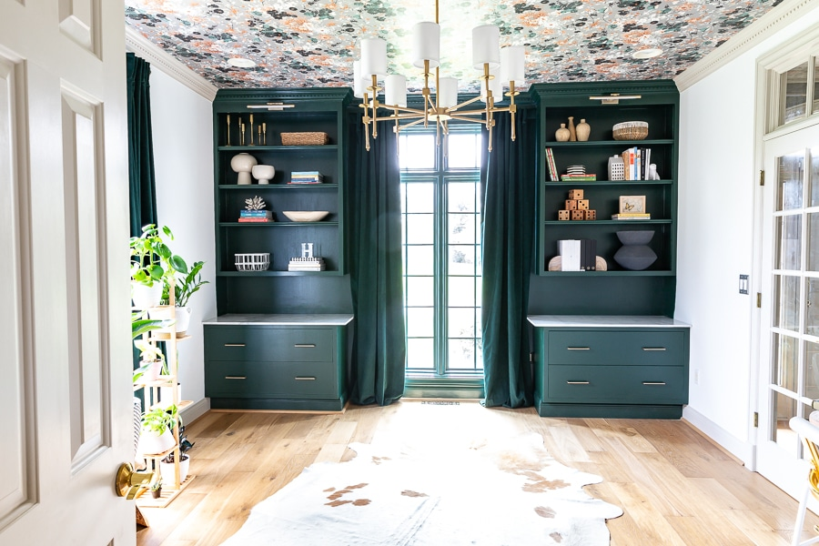 Built-In Bookshelves and Filing Cabinets DIY