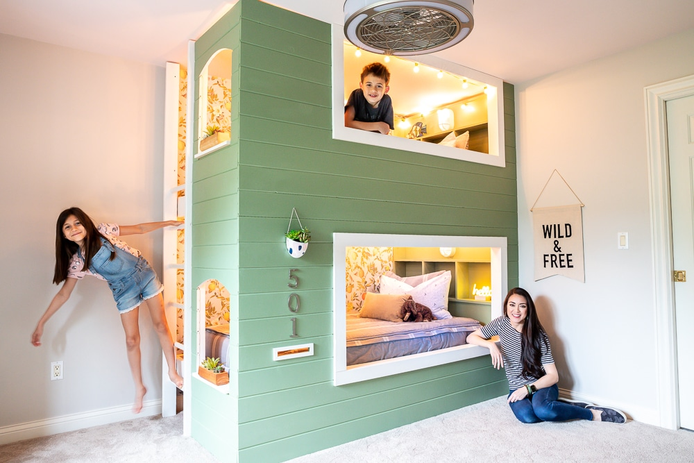 How to build a DIY built-in kids bunk bed (with plans!)
