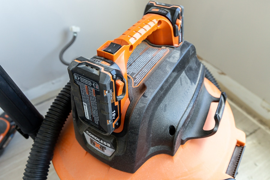 Battery-powered Wet/Dry Vacuum Tool Review