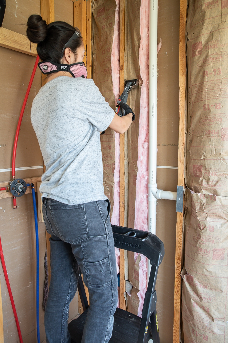 How to hang insulation for beginners