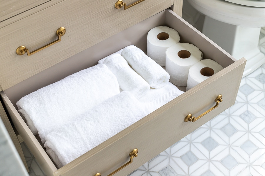 Guest bathroom essentials - how to stock a guest bathroom