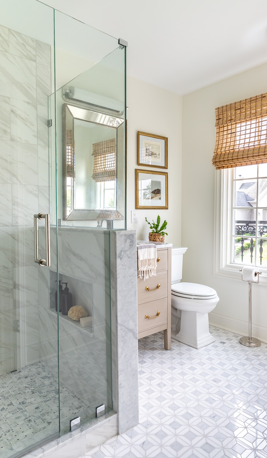 Amazing guest bathroom renovation! Look at that gorgeous marble tile!