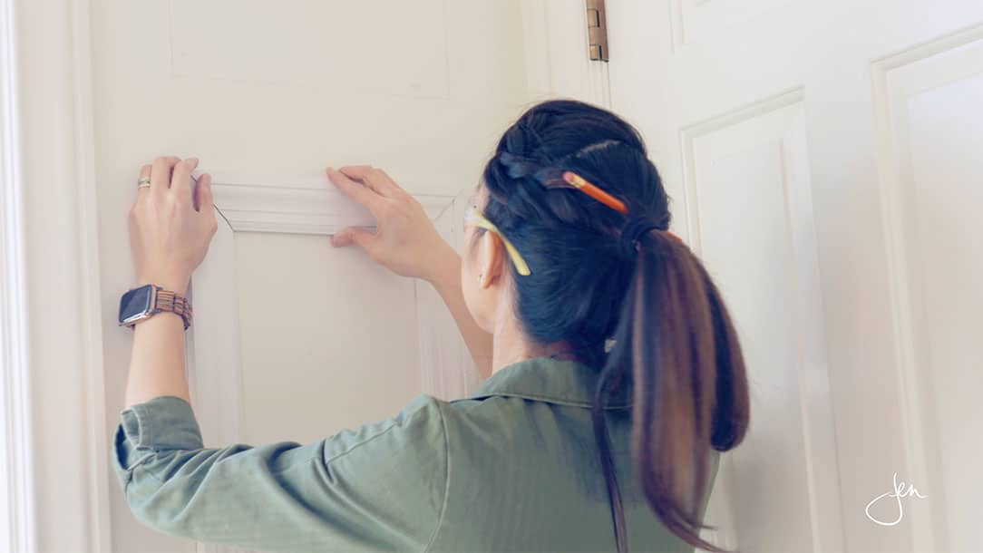 how to install wainscoting picture frame molding