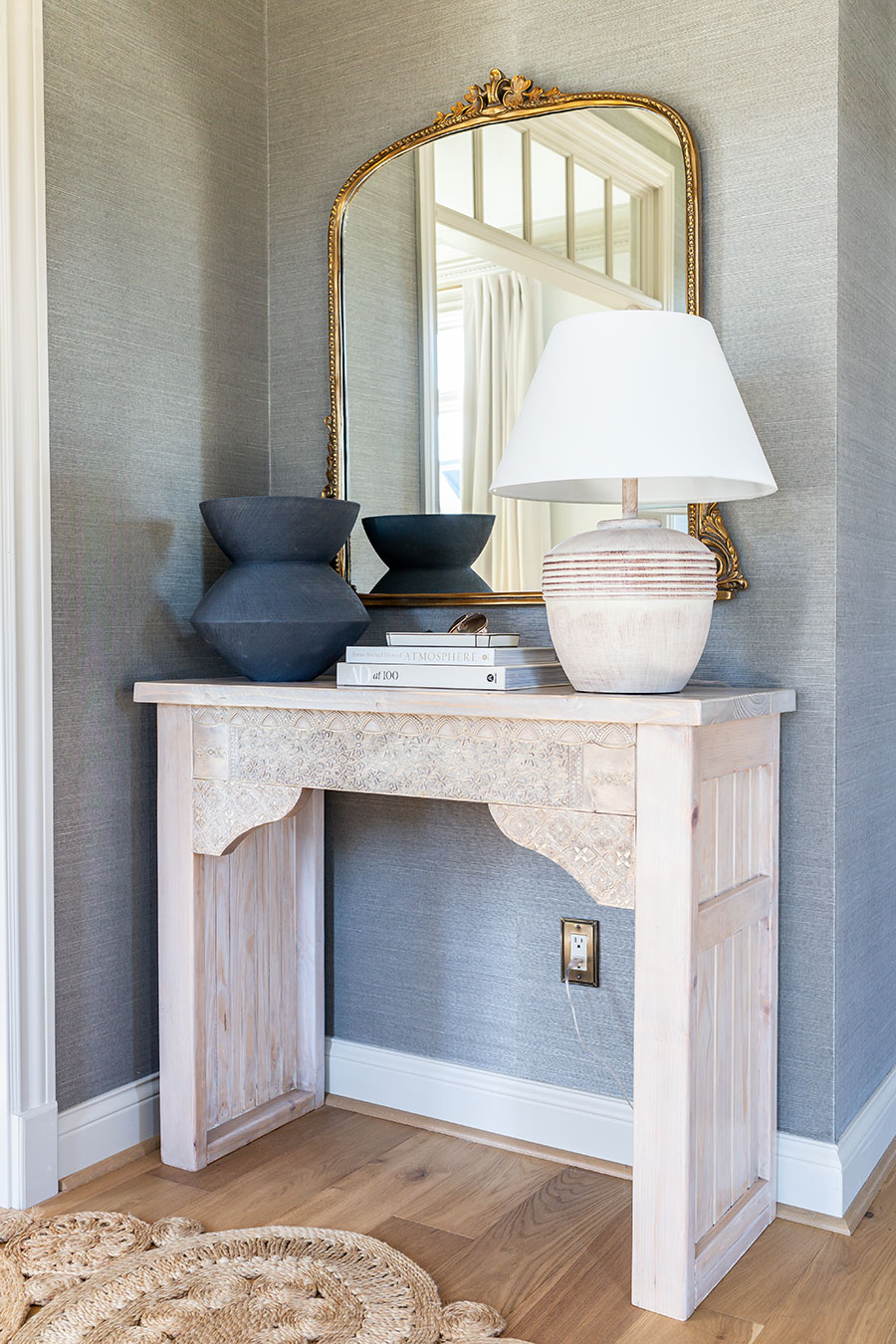 How to build a DIY carved entryway console table