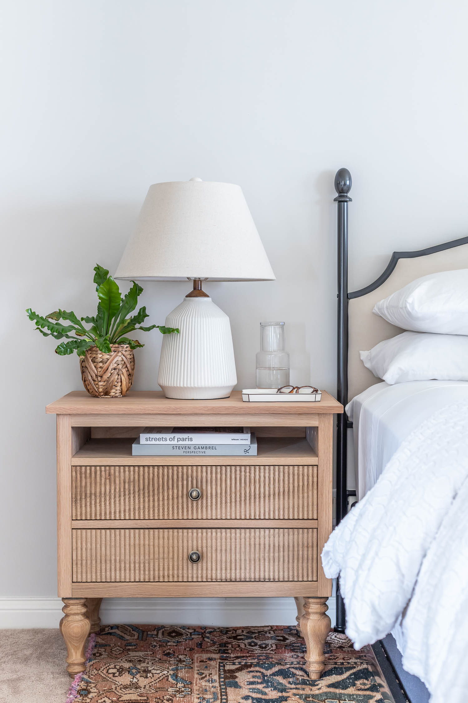 How to build a gorgeous DIY nightstand - Gustavian / French style