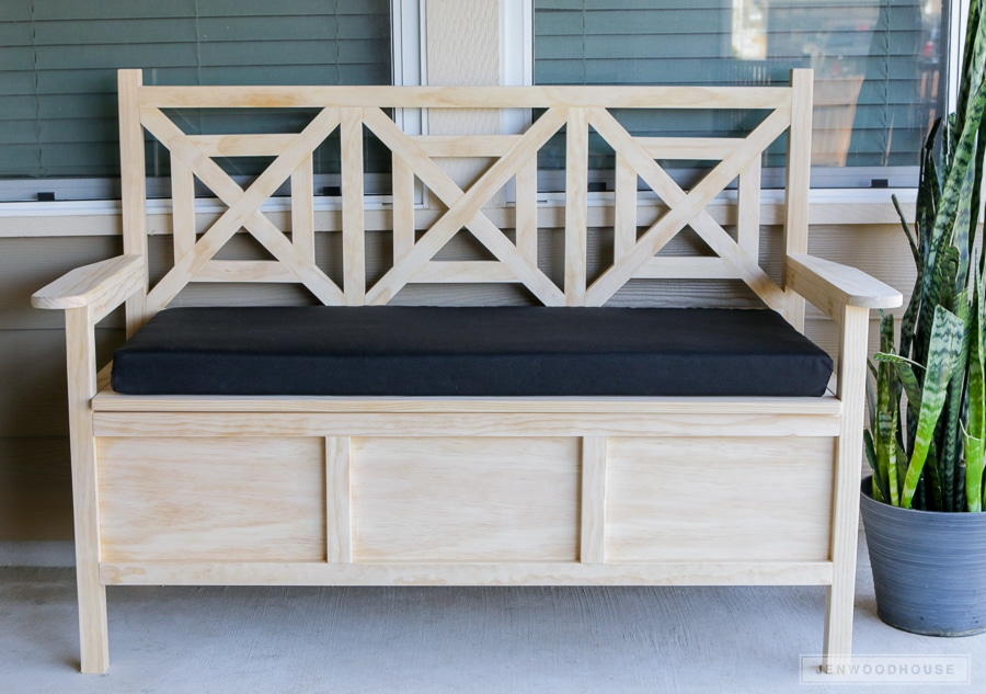 How to build a diy outdoor storage bench Storage bench outdoor