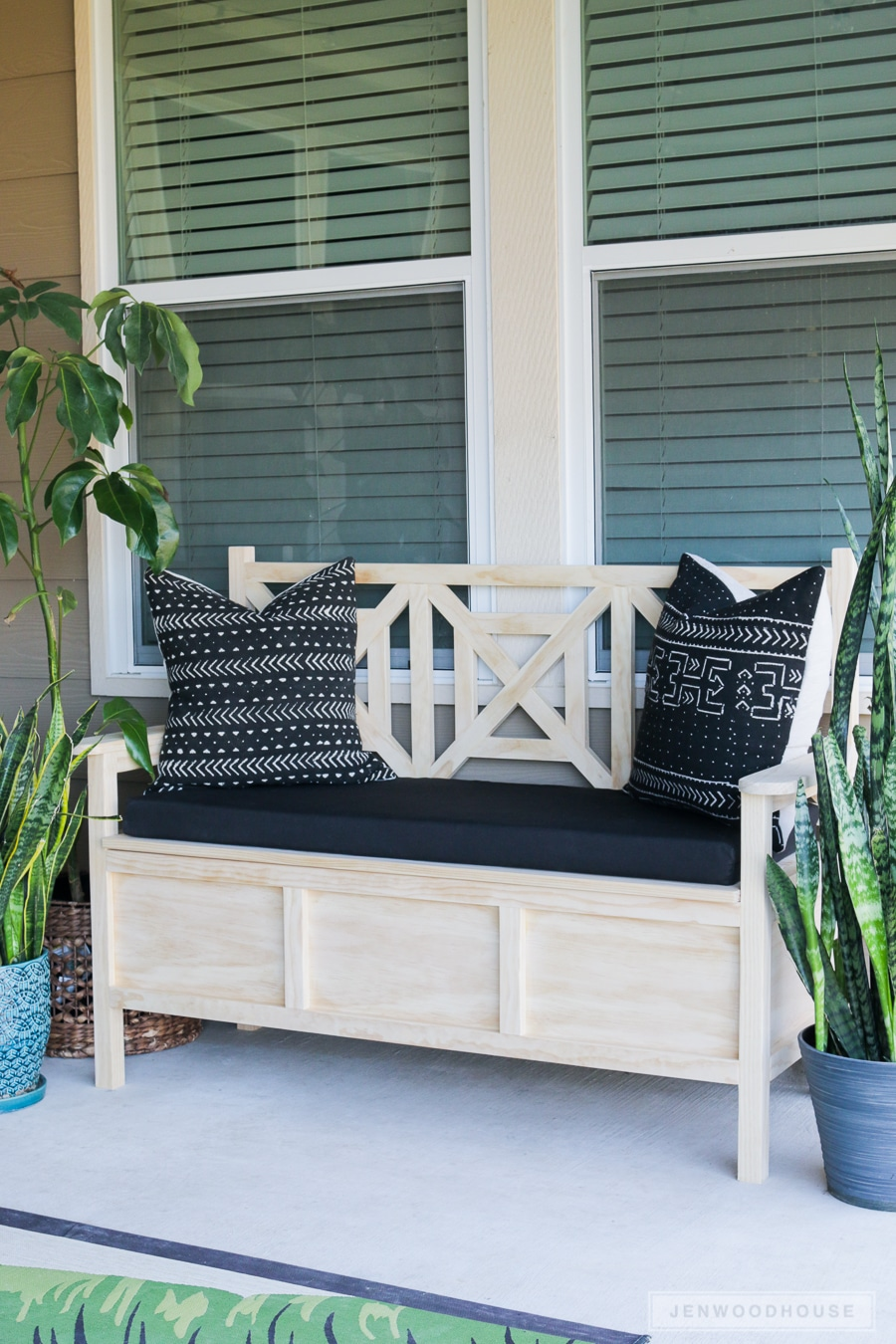 How to make an outdoor bench with storage free plans