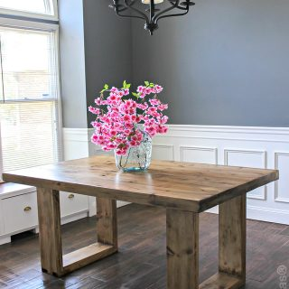How to build a DIY husky modern dining table. Free plans by Jen Woodhouse.