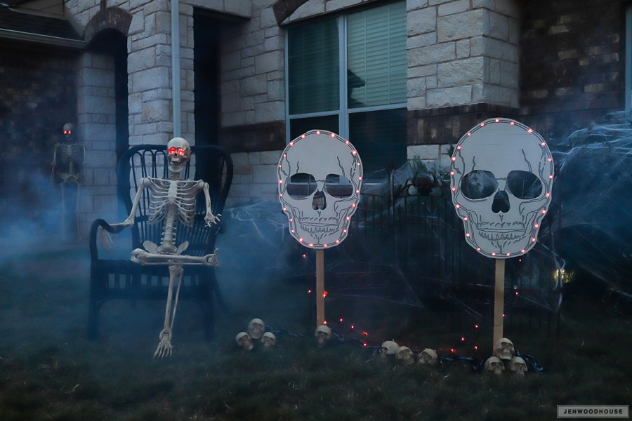 How to make a spooky Halloween skull yard sign