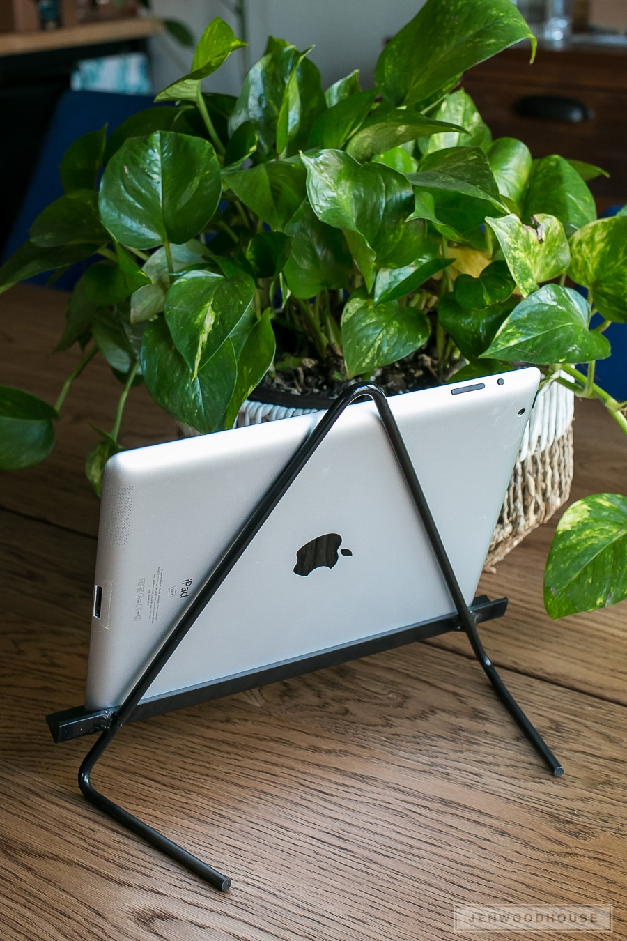 DIY metal tablet stand - perfect for iPad, Kindle, Samsung Galaxy, or Nook