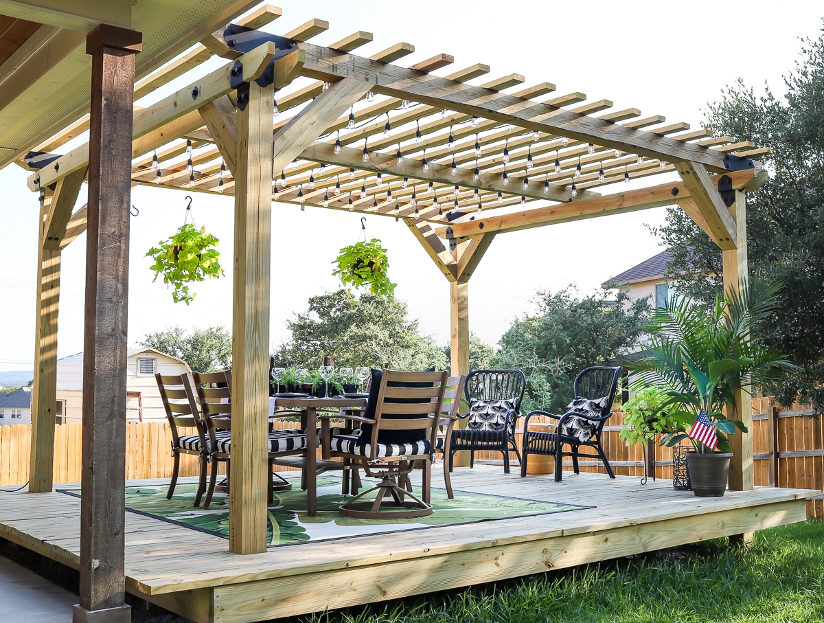 How to build a floating deck and pergola