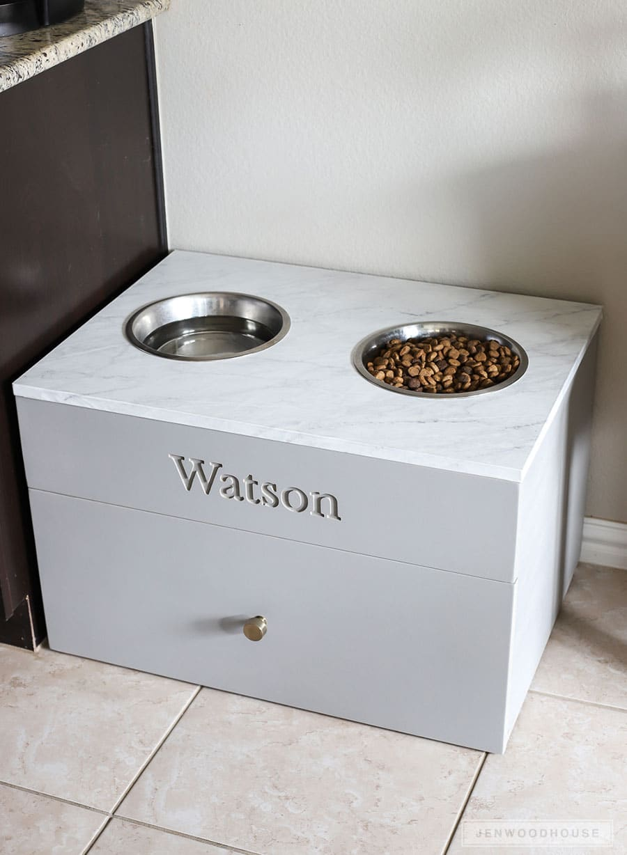 How to make a DIY large dog food station