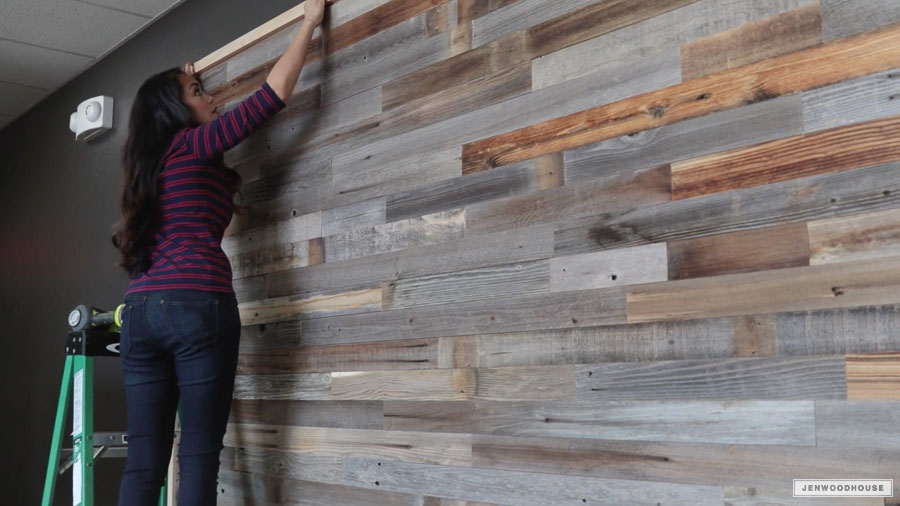 How To Create A Reclaimed Wood Plank Wall In One Afternoon