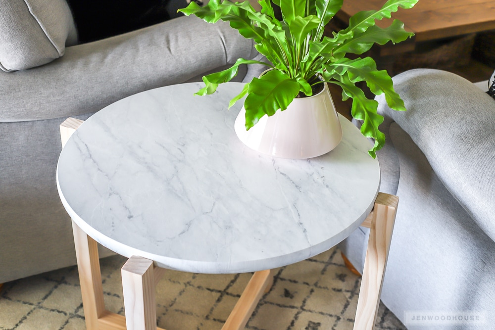 How to build a faux marble side table