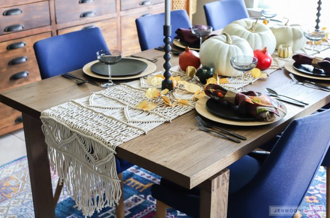 Decorate your dining room for Fall with this eclectic table setting