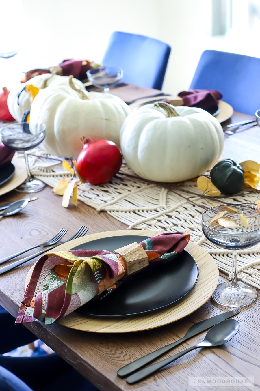 Fall Dining Room Table Setting