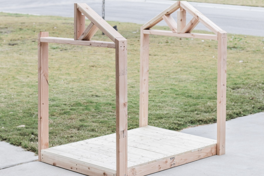 "How to build a DIY doghouse gazebo ""dogzebo"" with free plans!"